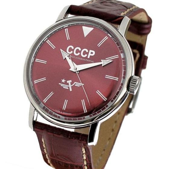 Часы Слава 26 камней сделано в СССР в Свободах. Часы президента