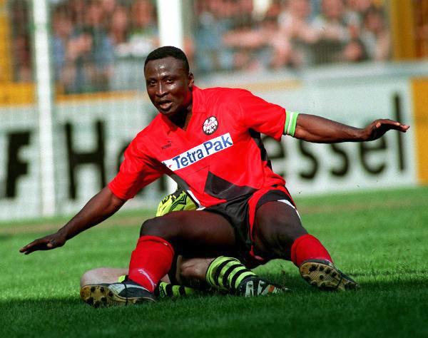 Fußball-Bundesliga: Yeboah-Wechsel zu Leeds perfekt